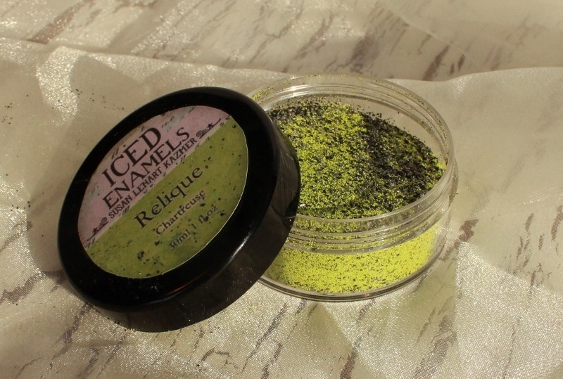 ICED Enamels® Ice Resin Chartreuse Relique Powder 15ml Alchemy and Ice