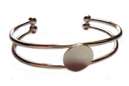 Silver Plated Bangle Setting with 15mm Round Pad for Cabochons x1