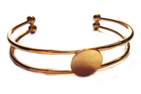 Gold Plated Bangle Setting with 15mm Round Pad for Cabochons x1