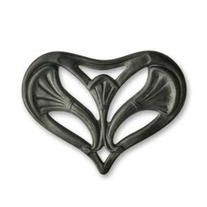 Vintaj Arte Metal 32x22mm Nouveau Leaf Heart Decorivet x1