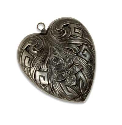 Vintaj Arte Metal 42x36mm Violet Garden Heart Pendant