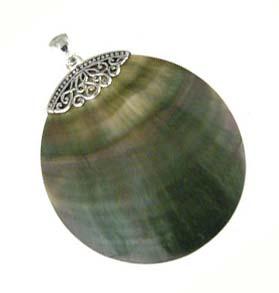 BALI Sterling Silver Dark Shell Round Pendant