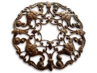 Brass VINTAJ - Natural 49mm Ornate Wreath Filigree x1