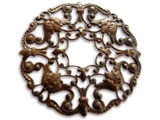 Brass VINTAJ - Natural 49mm Ornate Wreath Filigree x1