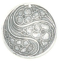 Trinity Brass Antique Silver 31mm Swirling Flower Pendant x1