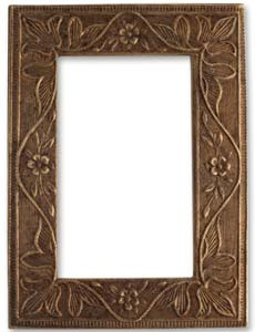 Vintaj Natural Brass 68x50mm Garden Frame x1