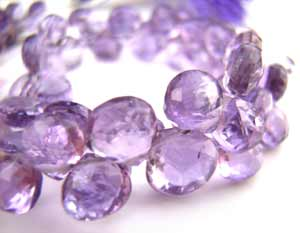 Amethyst ~ Heart Shape Briolette ~ Gemstone Beads 4 -5mm per half layout