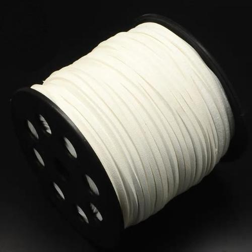 Faux Leather Leatherette Flat Cord 2.7-3mm Ivory per metre
