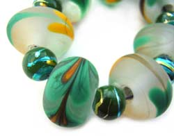 SOLD - Aussie Hearts Feathered Set Artisan Glass Lampwork Beads ~ Ian Williams