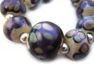 SOLD - Artisan Glass Lampwork Beads ~ Ivory Peacock Shimmer Round Set
