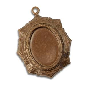 Vintaj Natural Brass 34x27mm Victoriana Bezel (18x12.5mm cabs)