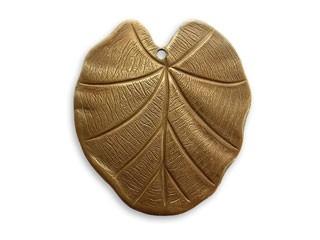 Brass VINTAJ - Natural - 28x31mm Nouveau Leaf Pendant x1