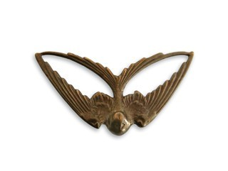 Brass VINTAJ - Natural - 21x41mm Swooping Swallow x1