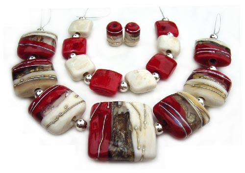 Red Debutante  - Ian Williams Handmade Artisan Glass Lampwork Beads x17