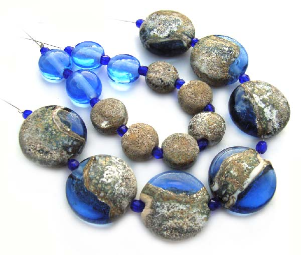 Rough Sapphire  - Ian Williams Handmade Artisan Glass Lampwork Beads x17