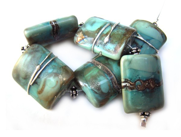 Areytha - Ian Williams Artisan Glass Lampwork Beads