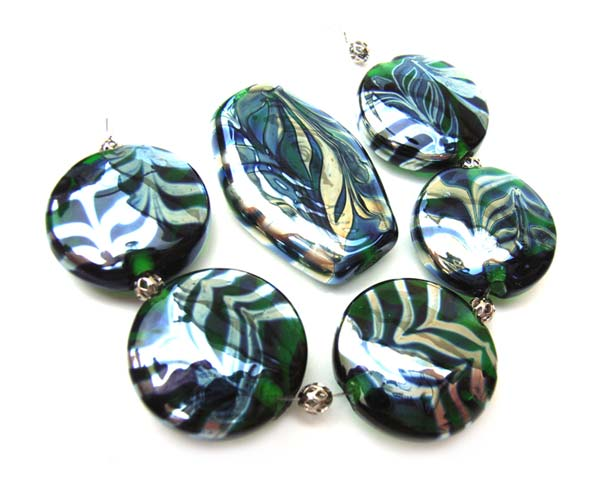 Silvered Emerald Feathers - Ian Williams Artisan Glass Lampwork Beads