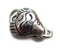 Thai Karen Hill Tribe Silver - Stingray Hook & Eye Clasp x1