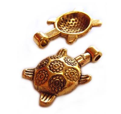 Gold Tone Tortoise Turtle Charm Pendant 19.5x11.5mm x4pc