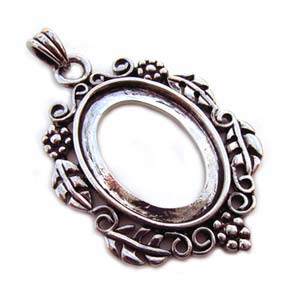 Silver Plated 40x21mm Pendant Setting for 25x18mm Oval Cabochons x1